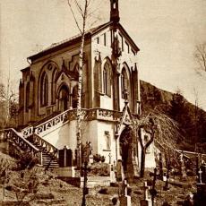 Svatý Jan pod Skalou - kaple na hřbitově