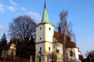 Dominantou Lešné je kostel sv. Michaela archanděla
