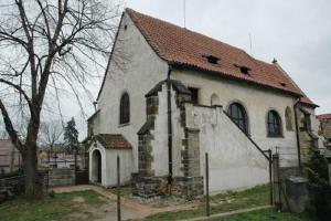 Kostel sv. Vavřince v Brandýse skrývá unikátní freskovou výzdobou