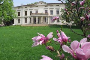 Muzeum regionu Valašsko zve na výstavu Kvetoucí ornamenty
