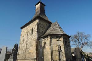 Kostel sv.Mikuláše ve Vinci patří k nejvýznamnějším románským kostelům v Čechách