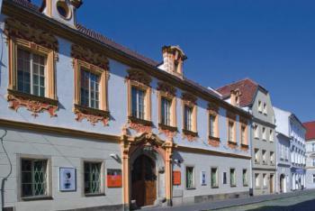 Severočeská galerie zve na výstavu Václav Cigler, Michal Motyčka: Prostor člověka I, II, III