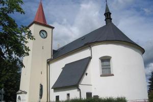 Kostel sv. Václava v Lukavci nahradil starší kapli