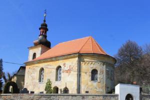 Kostel sv.Jiljí pod hradem Bezděz má románský původ