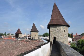 Vydejte se za nejdochovalejší městskou fortifikací u nás! Kam, do Poličky!