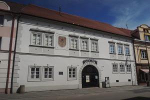 V Rožmberském domě v Soběslavi pobývala i Zuzana Vojířová