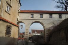 Krytý zámecký most v Brandýse nad Labem spojoval zámek se zahradou