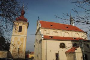Jeden z prvních renesančních kostelů postavených severně od Alp stojí v Brandýse nad Labem
