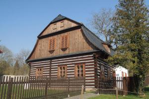 Muzeum Českého ráje připravilo výstavu betlémů POSPĚŠTE PASTÝŘI K BETLÉMU