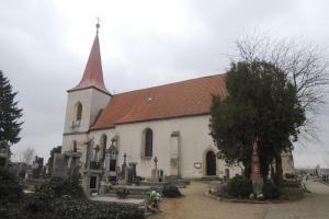 Kostel Panny Marie Sněžné je cennou sakrální architekturou z počátku 16. století