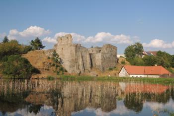 Poblíž jihočeského Borotína najdeme malebnou zříceninu hradu