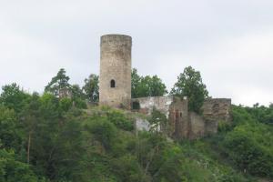 Hrad Dobronice využívali jezuité jako letní rezidenci