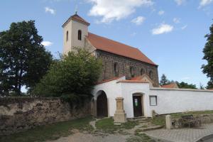 Kostel sv. Mikuláše v Potvorově je skvostem románské architektury