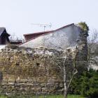 Tvrz Ostrov u Záp je zajímavým příkladem výstavného sídla pražských měšťanů