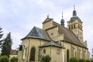 Kostel sv. Voršily v Chlumci nad Cidlinou je dílem pernštejnské huti