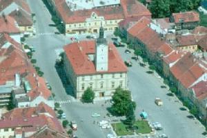 Radnice v Sušici je jedna z největších radnic v Čechách