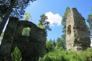 Muzeum Vysočiny Jihlava zve na přednášku Středověké hrady, život v míru a válce