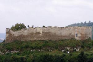 Hrad Lanšperk je hradem plášťového typu