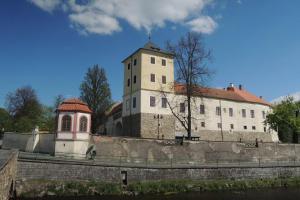 Při obléhání Horažďovic zemřel první Habsburk na českém trůně
