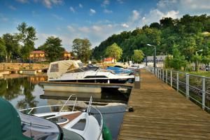 Zájem turistů o přístav v Hluboké předčil mnohá očekávání