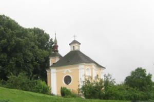 Kostel sv. Jana Nepomuckého ve Vyklanticích je asi dílem J.B.Santiniho