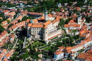 Chystá se kniha Moravské hrady a zámky