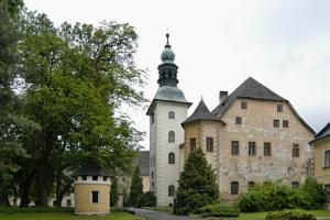 Národní památkový ústav převzal zámek Janovice u Rýmařova