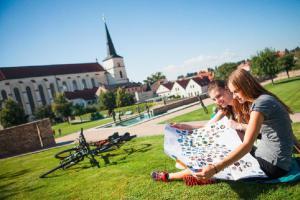 Cyklobusy Českomoravským pomezím v poločase, jejich služeb můžete nově využít až do konce září!