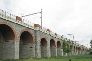 U Jezernice je nejdelší železniční viadukt u nás