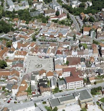 Pelhřimov je město rúzných stavebních slohů a také město rekordů