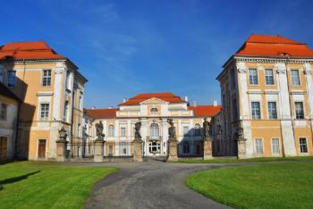 Na zámku v Duchcově prožil posledních třináct let svého života Giacomo Casanova