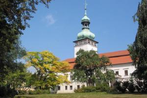 Muzeum regionu Valašsko zve na výstavu SVĚT KOSTIČEK