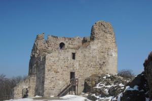 Přimda, nejstarší kamenný hrad na našem území - německý import