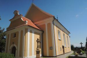 Areál kostela sv.Michala v Horním Záhoří je cenným urbanistickým celkem