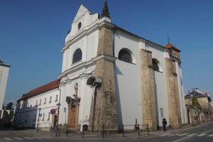 Kostel s klášterem františkánů v Turnově byl postaven na náklad Maxmiliána z Valdštejna