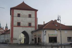 Karel IV. nechal vybudovat Severovýchodní bránu ve Staré Boleslavi