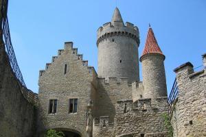 Jedním z nejmalebnějších českých hradů je Kokořín