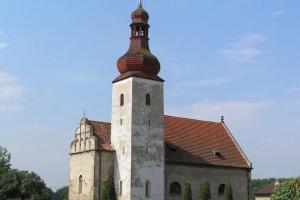 Kostel sv. Matouše v Dobroměřicích zdobí vzácné fresky