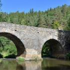 Gotický most v Rabštejně nad Střelou patří k nejstarším mostům v Čechách