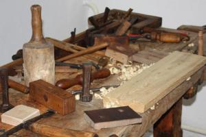 Oblastní muzeum v Lounech zve na výstavu Doba dřevěná...doba  minulá