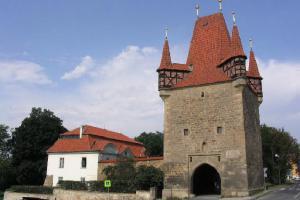 Pražská brána je nejstarší branou v Rakovníku
