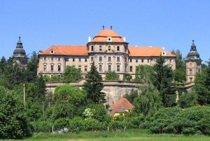 V klášteře Chotěšov sloužil i písničkář Karel Kryl