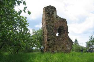 Hrad Žerotín patřil slavnému válečníkovi Plichtovi za Žerotína
