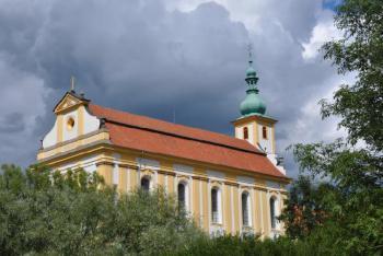 Opravený kostel v Konojedech se představil veřejnosti