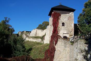 Hrad Lukov zve na výstavu o hradech Zlínského kraje