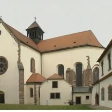 Pohled na kostel Nanebevzetí Panny Marie